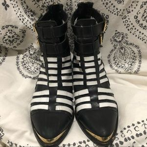Black and white topshop leather booties